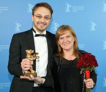 złoty niedźwiedź dla Călina Petera Netzera